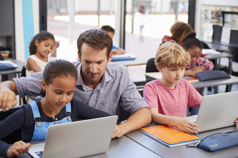 """Permalink to: """"Enhancing formative assessments through video creation"""""""