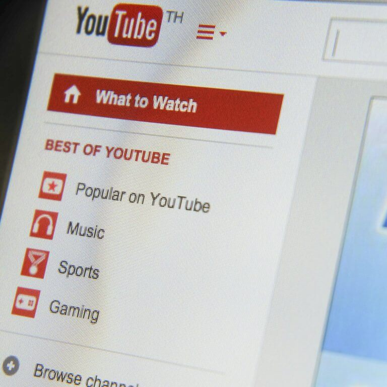 "Permalink to: ""5 reasons why your business should be on YouTube"""